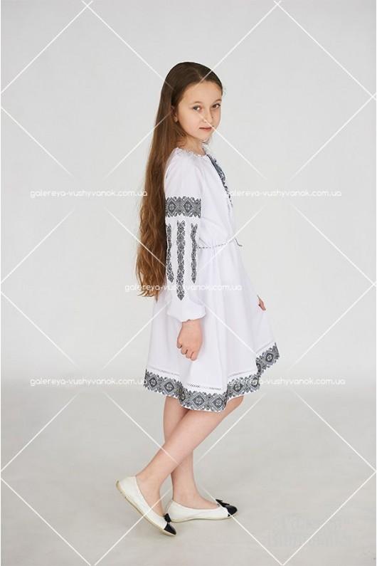 Жіноча вишита блузка «ГВ2411» і сукня для дівчинки «ГВ4412»