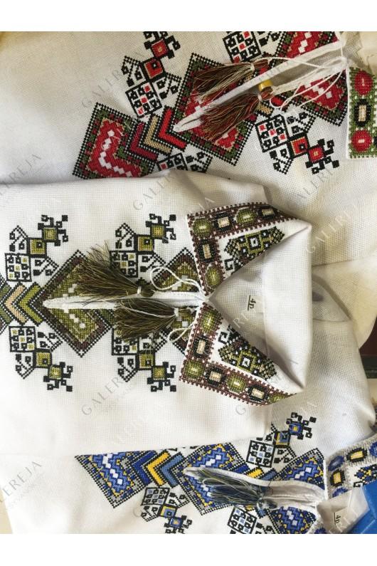 Блузка вишита для дівчинки  «Дерево життя»