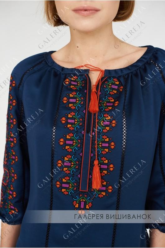 Жіноча вишита блузка «ГВ2371»