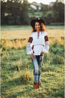 Жіноча вишита блузка «ГВ2520»