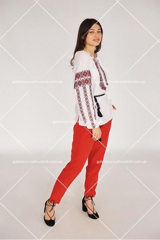 Жіноча вишита блузка «ГВ2411»
