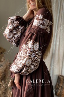 Жіноче вишите плаття на запах «Петриківський»