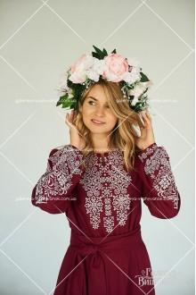 Український вінок «Пробудження квітки»